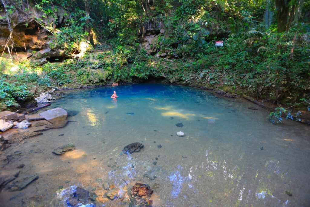 st hermans blue hole national park